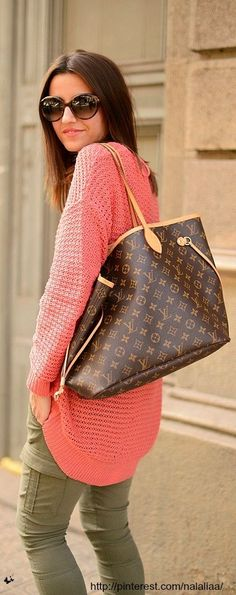 A large flexible bag in Monogram canvas suitable for business, travel or everyday use. The interior is beautifully laid out, so finding your belongings is quick and easy. | Neverfull GM Only $209.99! | Louis Vuitton Handbags - handbag, women's, designer, over the shoulder, fashion, fossil purses *ad