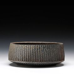 Schaller Gallery : Artist : Ernest Gentry : Large Fluted Bowl