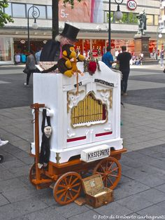 ....organetto da strada .... Kassel (D) - 09 lug 2016 - © Umberto Garbagnati -