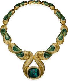 HENN GEMS - Henn Of London: Grandioses Collier, 18kt Gelbgold, grüner Turmalin über 100 ct, Brillanten, von Hand emailliert und -graviert