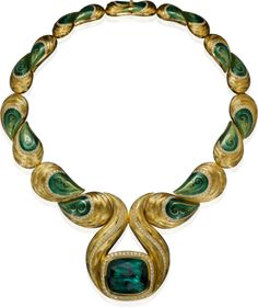 HENN GEMS - Henn Of London GRANDEZZA IN GREEN  Pull the day in the darkening sky back, awakens the Namibia tourmaline to life and shows blue-green passion. The later the hour and embedded in his pliable Collier of organic form, he seduces and be seduced.  Magnificent necklace, 18kt yellow gold, green tourmaline over 100 ct, diamonds, hand enameled and  -graviert