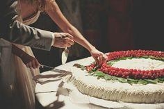 20 Wow Alternative Wedding Cakes
