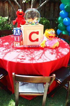 Chakoda Design *'s Birthday / Sesame Street - Photo Gallery at Catch My Party Elmo Party, Pjmask Party, Party Ideas, Mickey Party, Dinosaur Party, Elmo Birthday, Baby 1st Birthday, 3rd Birthday Parties, Birthday Ideas