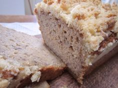 Sourdough Banana Bread with Crumbs ~For More Sourdough Recipes Visit ~~> Northwest Sourdough Sourdough Pizza, Sourdough Recipes, Banana Bread Recipes, Baking Recipes, Real Food Recipes, Friendship Bread Starter, Baking Courses, Fermented Foods, Sweet Recipes