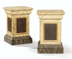 Paire de bases quadrangulaires en bois peint en trompe l'oeil à l'imitation du marbre et du porphyre de style néoclassique A PAIR OF BASES, PAINTED IN IMITATION OF MARBLE AND PORPHYRY IN NEO-CLASSICAL STYLE