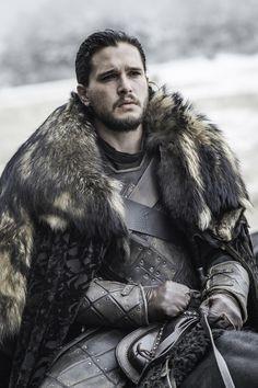"""A HBO divulgou as primeiras imagens promocionais do episódio mais aguardado da sexta temporada de Game of Thrones. Na sinopse do episódio, """"term..."""