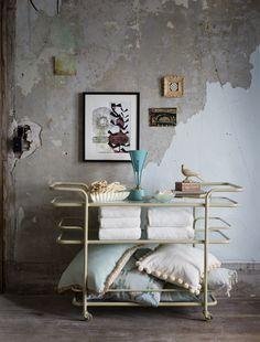 Pioneer Press. Photographer Joel Larson. Interior Designer/Art Director Barbara Schmidt. // studiobstyle.com