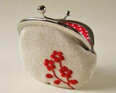 https://flic.kr/p/9bM4nB | embroidered red flowers on linen