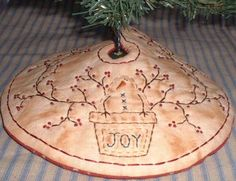 Primitive PATTERN Stitchery Mini Tree Skirt Pot Of Snowman