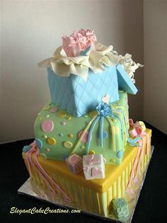 Love the combination of colors and sweetness - the little open gift box on top is so perfect!!