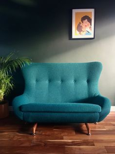 Greaves and Thomas Egg Sofa (Fully Reupholstered Bute Fabric) Dark Walls, Vintage Interiors, Fabric Samples, My Dream Home, Vintage Furniture, Interior Inspiration, Love Seat, Upholstery, Egg
