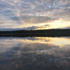 Happy Midsummer #nightlessnight#midsummer#midsummernight#lake#water#nightsky#finland#cottage