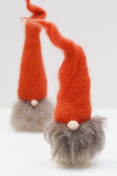 Add some Scandinavian charm to your handmade Christmas decorations. What's not to love about these needle felted gnomes, Nordic style. Available as a gnome needle felting kit or a needle felting pattern. Creative Christmas Gifts, Homemade Christmas Decorations, Handmade Christmas, Christmas Crafts, Nordic Christmas, Christmas Tables, Modern Christmas, Christmas Angels, Christmas Holidays