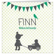 #Geboortekaartje voor een jongen met groene stippen achtergrond en #vlaggetjes en #zus met #broertje in een kar en lief vogeltje. Maak het jouw eigen kaartje door het aan te passen met eigen tekst en bijpassende afbeeldingen uit onze beeldenmap op www.babyboefjes.nl. Direct het kaartje bewerken: http://www.babyboefjes.nl/geboortekaartje-01-1-0440.html