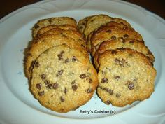 Betty's Cuisine: Μπισκότα με ταχίνι, βρώμη και μέλι Greek Desserts, Greek Recipes, Vegan Desserts, Cookie Recipes, Dessert Recipes, Banana Bread, Healthy Snacks, French Toast, Recipies