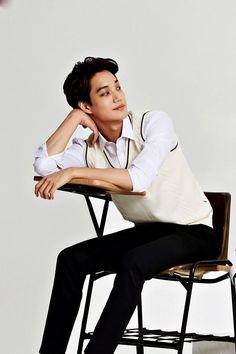 EXO Kai Photos (the one time he wears socks he wears it with slippers. G Dragon, Kim Kai, Exo Band, Exo Korea, Chanyeol Baekhyun, Exo Exo, Animated Icons, Xiu Min, Kim Jongin