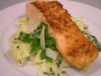 Grilovaný losos s parmazánovými tagliatelle :: Just FOOD Food To Make, Pork, Food And Drink, Fish, Chicken, Recipes, Fitness, Diet, Kale Stir Fry