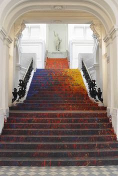 Artist Covers Classical Staircases of Poland's National Gallery in Splattered Paint - My Modern Met