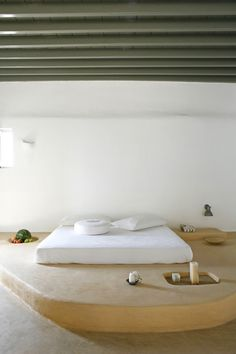 A Rustic Idyll for Four in Mykonos, Greece: Remodelista