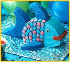 Classic kid's storybook fish cake! so cute.