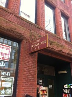 Breakfast @ Trident Booksellers & Cafe | Newbury St., Boston.