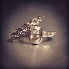 ヴィンテージ のカスタム エンゲージ リングと結婚指輪のペア Masami Kelly design custom ring
