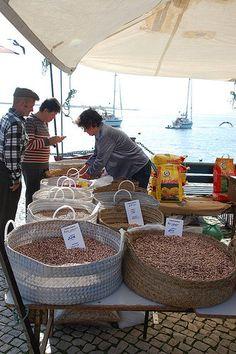 Olhao market, Algarve Portugal por Fiona in Eden