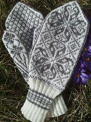 Ravelry: Stasvotter - Selbu mittens pattern by Johanna Sexe Mittens Pattern, Knit Mittens, Mitten Gloves, Knitting Patterns, Knitting Ideas, Fair Isle Knitting, Ravelry, Knit Crochet, Search