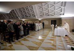 Papa: Jesús no masifica a la gente, mira a cada uno - Radio Vaticano