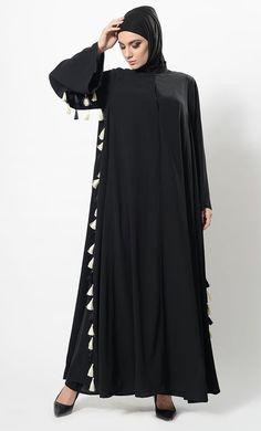 Montone Thread Frilnges Tassel Abaya Dress And Hijab Set Modest Wear, Modest Outfits, Abaya Fashion, Muslim Fashion, Black Abaya, Kaftan Style, Pakistani Outfits, Casual Wear, Women Wear