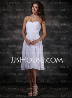 A-Line/Princess Sweetheart Knee-Length Chiffon Homecoming Dress With Ruffle Beading (022008148)