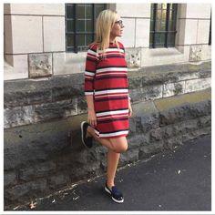 Tritacones con vestido marinero y slippers de color azul perfecta para esta temporada #Lince #LinceShoes #slippers #azul #blogger #look #marinero