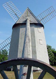 Higgins Farm Windmill. Visitor information for Brewster, Cape Cod - CapeCodTravel.com