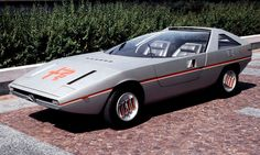 Amazing 1971 Alfa-Romeo Caimano and 1976 Alfa-Romeo Navajo Concepts