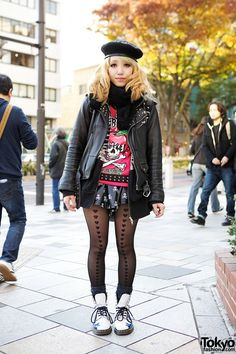 Here's a 23-year-old girl who caught our eye in #Harajuku. Her look features a Listen Flavor top & skirt with skull beret, leather jacket and Dr. Martens star boots. Check all of her street snaps here! #tokyofashion #streetsnap