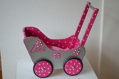 Baby Doll Strollers, Baby Prams, Diy Barbie Furniture, Home Decor Furniture, Wood Projects, Woodworking Projects, Transfer Images To Wood, Bird Mobile, Dolls Prams