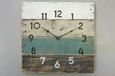 Pallet Wood Clock Beach House style...ReCycled by terrafirma79