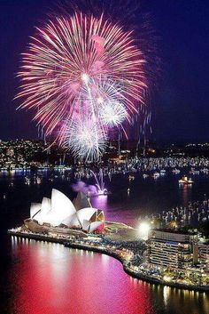 New Year! Nothing like the Sydney Opera House. Sydney, Australia ~ Always spectacular fireworks on New Year's.Nothing like the Sydney Opera House. Sydney, Australia ~ Always spectacular fireworks on New Year's. Brisbane, Perth, Dream Vacations, Vacation Spots, Beautiful World, Beautiful Places, Beautiful Pictures, Places To Travel, Places To Go