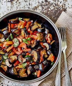 Ratatouille, Click web site other content Vegetarian Crockpot Recipes, Cooking Recipes, Healthy Recipes, Summer Grilling Recipes, Summer Recipes, Veggie Side Dishes, Main Dishes, Italian Dinner Recipes, Summer Dishes