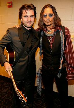 Juanes & Johnny at the 55th Grammy's 10/2/2013.  OMG, I actually choked when I saw this one!  Yay!