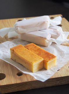 クリームチーズとサワークリームのWチーズ使いで、濃厚なのに軽いチーズケーキをご紹介します。