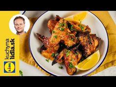Pripravte si lahodné marinované kuracie krídla aj so zeleninovým šalátom podľa Marcela priamo vo vlastnej kuchyni. Marcel, Tandoori Chicken, Chicken Wings, Meat, Ethnic Recipes, Youtube, Food, Essen, Meals