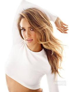Fit & Fab: Jessica Alba Covers 'Women's Health' (Shares Her Biggest Fashion Regrets) Jessica Alba Style, Keratin, Jessica Alba Pictures, Actress Jessica, Celebs, Celebrities, Girl Crushes, Pretty Woman, Her Hair