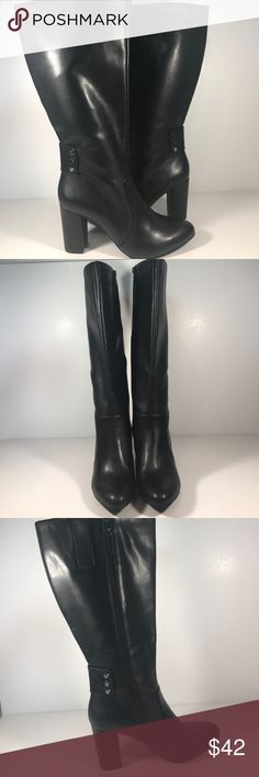 Anne Klein Colette boots size 8 1/2 M Anne Klein colette boots size 8 1/2 M. Boots are in excellent condition. They have a 3 1/2 inch heel and a 14 inch shaft. They also have a fun hounds tooth lining.They are perfect for wide calves. Please see pictures for detail and measurements. Thanks for visiting my closet! Anne Klein Shoes Winter & Rain Boots