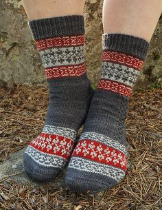 Echoes from Karelia sock pattern is a tribute to my mother's North Karelian… Crochet Socks, Knit Mittens, Knit Or Crochet, Knitting Socks, Hand Knitting, Knitted Hats, Knitting Patterns Free, Crochet Patterns, Free Pattern