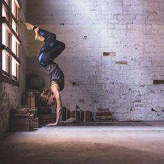 eagle leg handstand | yoga