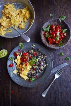 """World-renowned Jamie Oliver, of """"The Naked Chef"""" (BBC cooking series) shares his spin on the Costa Rican traditional breakfast dish of Gallo Pinto or painted rooster. Gallo Pinto, Breakfast Beans, Breakfast Recipes, Power Breakfast, Breakfast Options, Morning Breakfast, Egg Recipes, Cooking Recipes, Healthy Recipes"""
