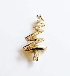 Vintage Monet Christmas Tree Pin Brooch Gold Tone Setting Clear Rhinestones Gift Birthday Christmas