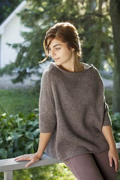 Love this--nice and simple lightweight knit for summer evenings!