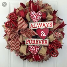 Easy And Beautiful Valentine Wreath Ideas Here are some amazing Valentine wreat. - Easy And Beautiful Valentine Wreath Ideas Here are some amazing Valentine wreath ideas that you ne - Valentines Day Sayings, Diy Valentines Day Wreath, My Funny Valentine, Valentines Day Decorations, Valentine Day Crafts, Homemade Valentines, Valentine Ideas, Valentine Heart, Wreath Crafts